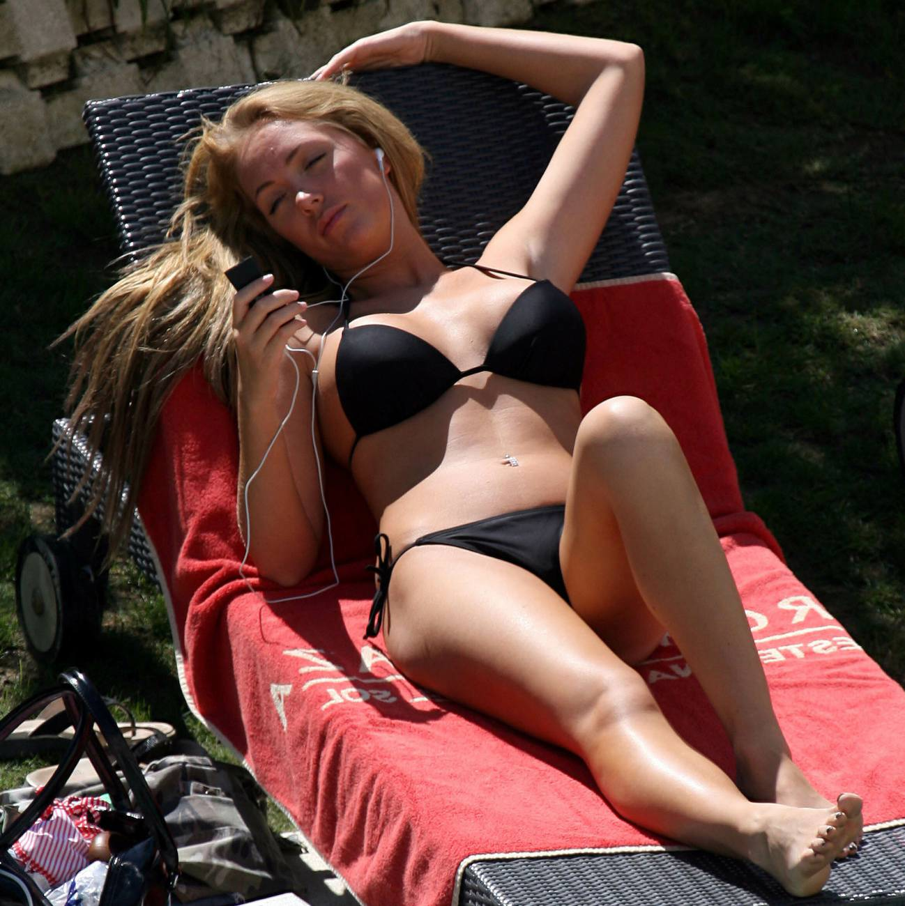 Aisleyne Horgan Wallaces bikini pictures