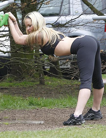 Sexy pictures of Jennifer Ellison working out