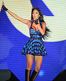 tn nicole scherzinger 9 Um ... Nicole Scherzinger? Whatcha doin with that microphone?