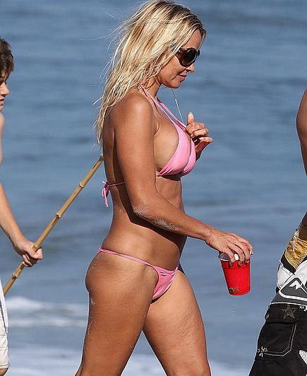 Pamela Anderson is still the goddess of sexy body