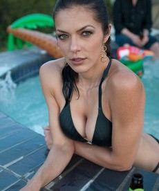 Adrianne Curry's Naughty Twitter Pictures