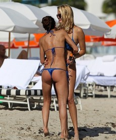 Aida Yespica And Natalia Bush In Miami