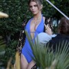 AnnaLynne McCord Gets On The One Piece Bandwagon