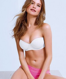 Behati Prinsloo Is Quickly Becoming One Of My Favorite VS Models
