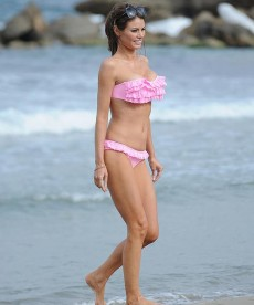 Chloe Sims Is A Stunning Bikini Clad Beauty