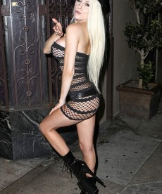 Courtney Stodden Looks Like A Tramp