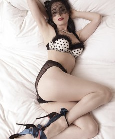Dita Von Teese Is All I Wanted For Christmas…