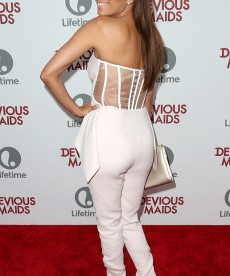 Eva Longoria Looks As Gorgeous As Ever At The Devious Maids Premiere