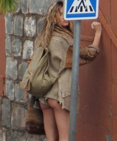 Gisele Bundchen And Her Bare Bum