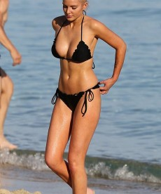 Now For Some Helen Flanagan Bikini Pics