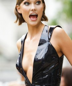 Karlie Kloss Is Stunning. How Do I Not Know Her?