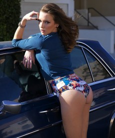 Katie Cassidy Is Way, Way Hotter Than I Thought She Was