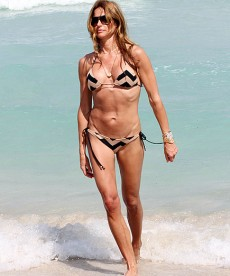 Kelly Bensimon Shows Off Her Body On The Beach