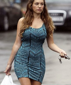 Kelly Brook Is Not Fat