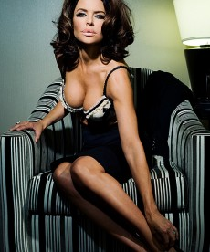 I Know These Lisa Rinna Playboy Pics Are Old But They're Still Hot.