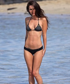 Megan Fox Is Back At The Beach