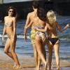 Behind The Scenes Shots Of Sexy Miranda Kerr Bikini Photo Shoot.