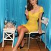 Miranda Kerr Wants To Sell Me Razors