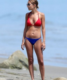 Sexy Nicole Richie In A Mix And Match Bikini