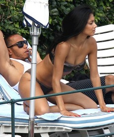 Nicole Scherzinger And Lewis Hamilton Vacation In Italy