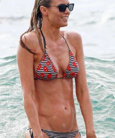Paige Butcher Gets Wet In Maui