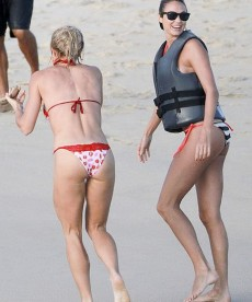Sexy Stacy Keibler Bikini Pics From Mexico
