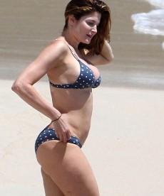 Stephanie Seymour Hits The Beach Again