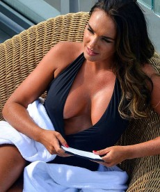 Tamara Ecclestone And Her Bountiful Bosom