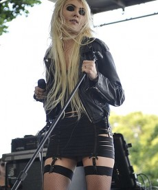 Taylor Momsen At Lollapalooza