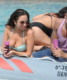 Tulisa Contostavlos Is Still In Ibiza