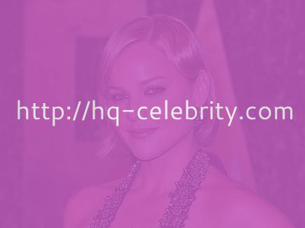 Abbie Cornish busy partying