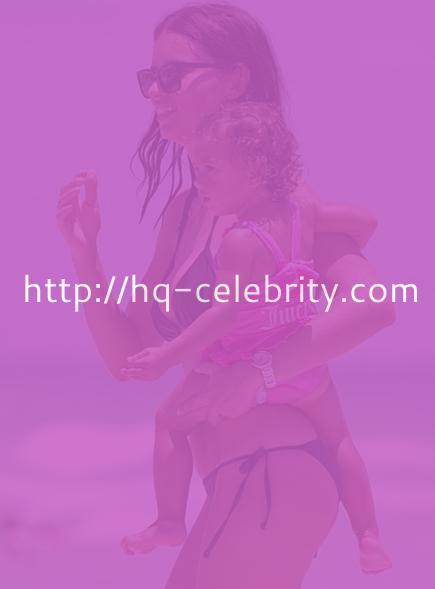 Sexy bikini pictures of Adriana Lima