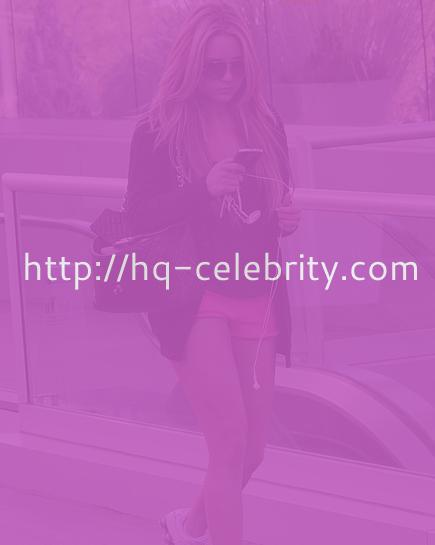 Amanda Bynes in her tiny pink shorts