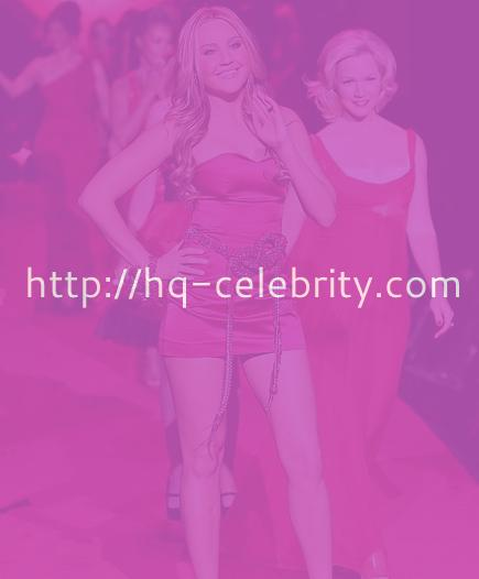 Amanda Bynes in a short red dress