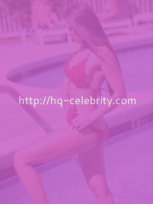 Sexy Anais Zanotti Red Bikini Pics