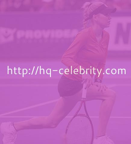 Anna Kournikova and a little tennis