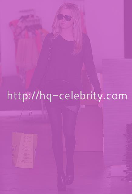 Leggy Ashley Tisdale does some shopping