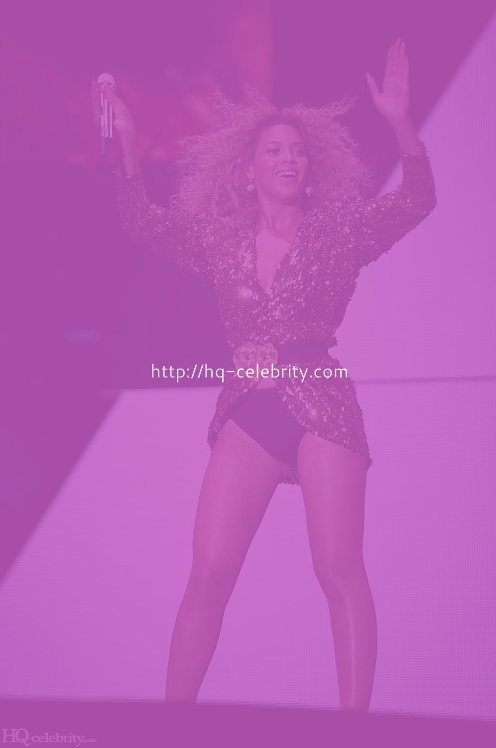 Beyonce Knowles performance pics from Glastonbury Beyonce Knowles