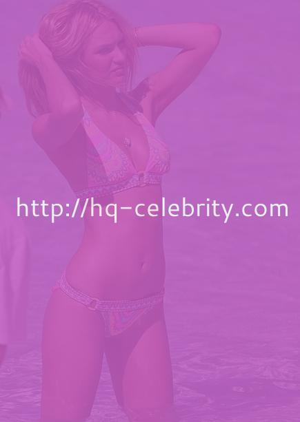 Sexy Candice Swanepoel bikini pics