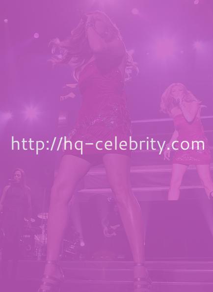 Celine Dion Upskirt