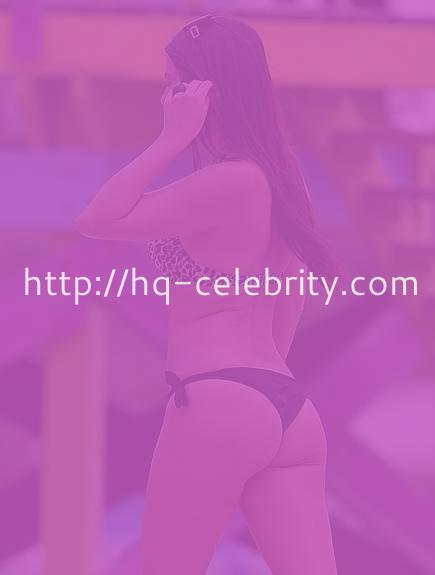 Claudia Romani shows off her fantastic ass in Miami