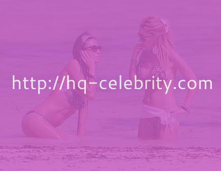 Sexy bikini pics of Elisabetta Gregoraci in Kenya