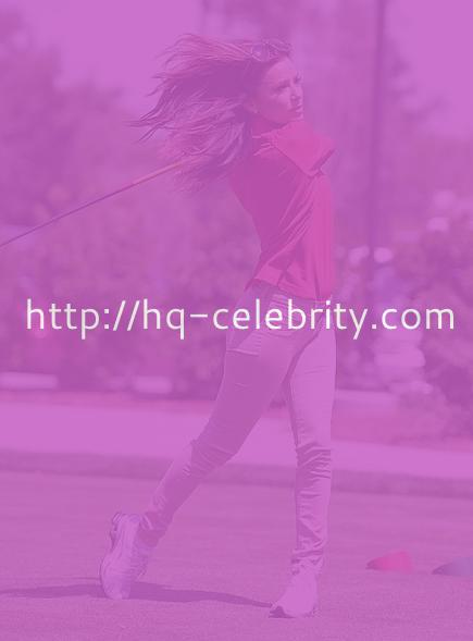 Sexy Eva Longoria makes golf look good