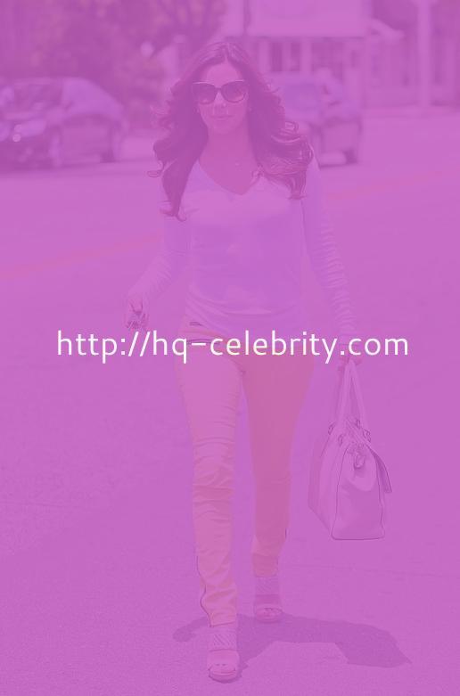 Eva Longoria Takes A Stroll In LA