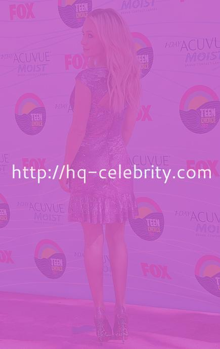 tn hayden panettiere 3 Hayden Panettiere is stunning in purple at the Teen Choice Awards.