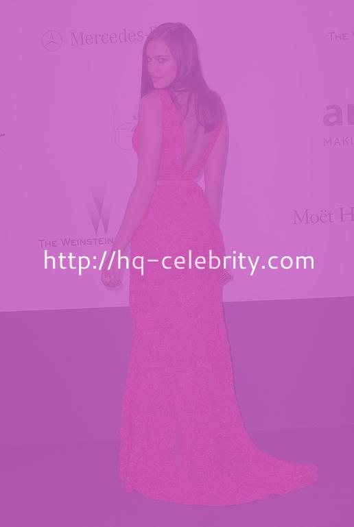 Irina Shayk Shines In Pretty Pink Gown At Cannes