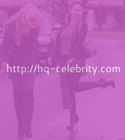Jennifer Love Hewitt going about her business