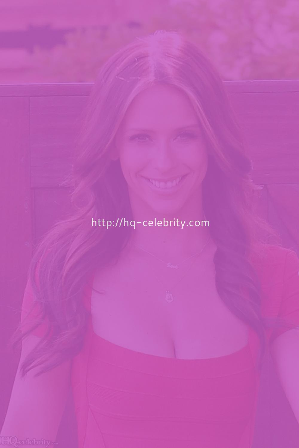 Jennifer love hewitt fausses photos nues