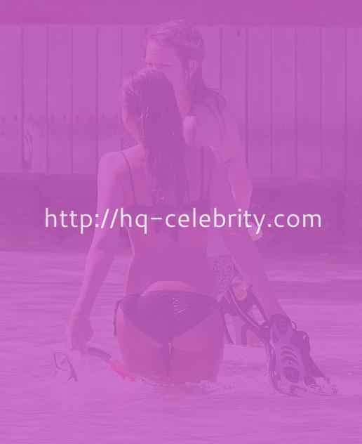 Sexy Jessica Alba Bikini Pics