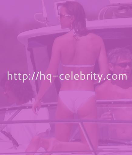 Kate Middleton rocks a white bikini